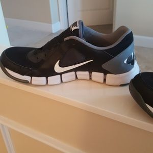 Nike Shoes - Men's Nikes